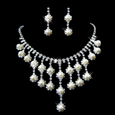 Beautiful Crystal Earring Necklace Set Wedding Bridal Jewelry Collection