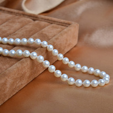 Beautiful White 6.5 - 7.5mm Freshwater Round Pearl Necklaces