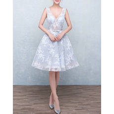 Sexy A-Line V-Neck Knee Length Organza Homecoming Dress