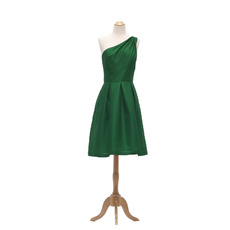 2018 Simple Style One Shoulder Short Green Taffeta Bridesmaid Dress