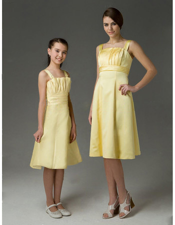 Classic A-Line Straps Knee Length Satin Bridesmaid Dress for Sping Wedding