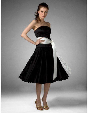 Vintage A-Line Strapless Knee Length Black Satin Bridesmaid Dress