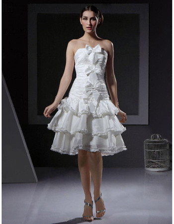 Inexpensive Charming A-Line Strapless Short Informal Wedding Dress