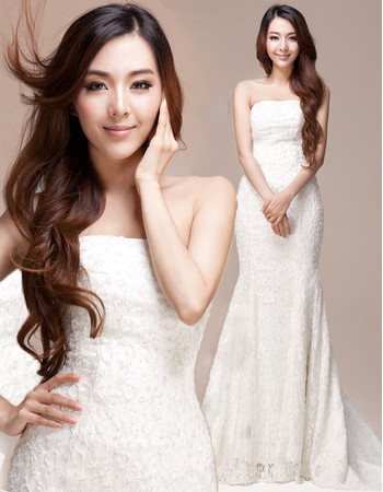 Discount Elegant Lace Mermaid/ Trumpet Strapless Sweep Train Wedding Dress