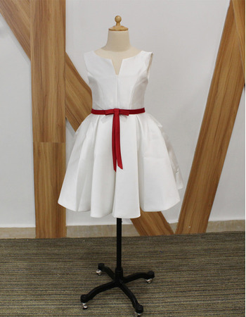 Inexpensive Cute Sleeveless Short Taffeta Flower Girl Dresses with Belts