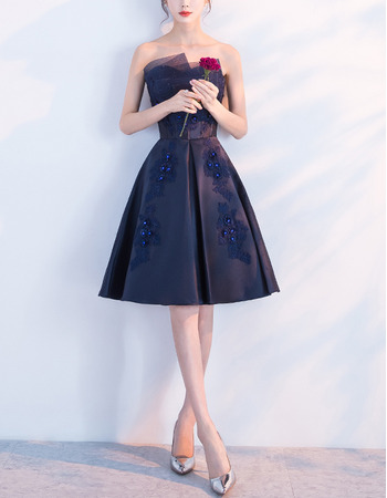 2018 Trendy A-Line Strapless Knee Length Satin Formal Cocktail Dress